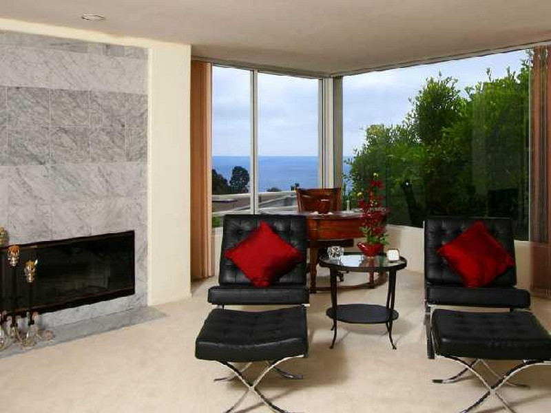 Additional photo for property listing at 6121 Avenida Chamnez  La Jolla, California 92037 United States