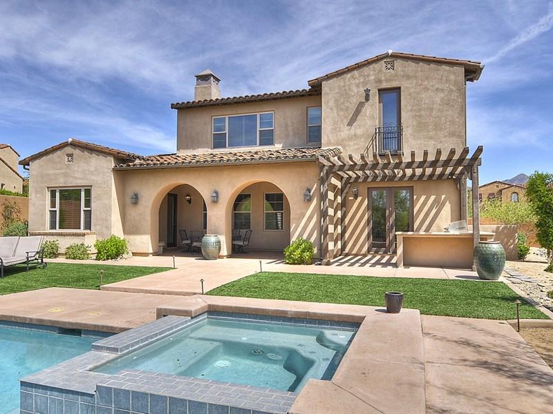 Casa para uma família para Venda às Gorgeous Home In Highly Sought After Community Of Camelot Haciendas at DC Ranch 19860 N 97th Street Scottsdale, Arizona 85255 Estados Unidos