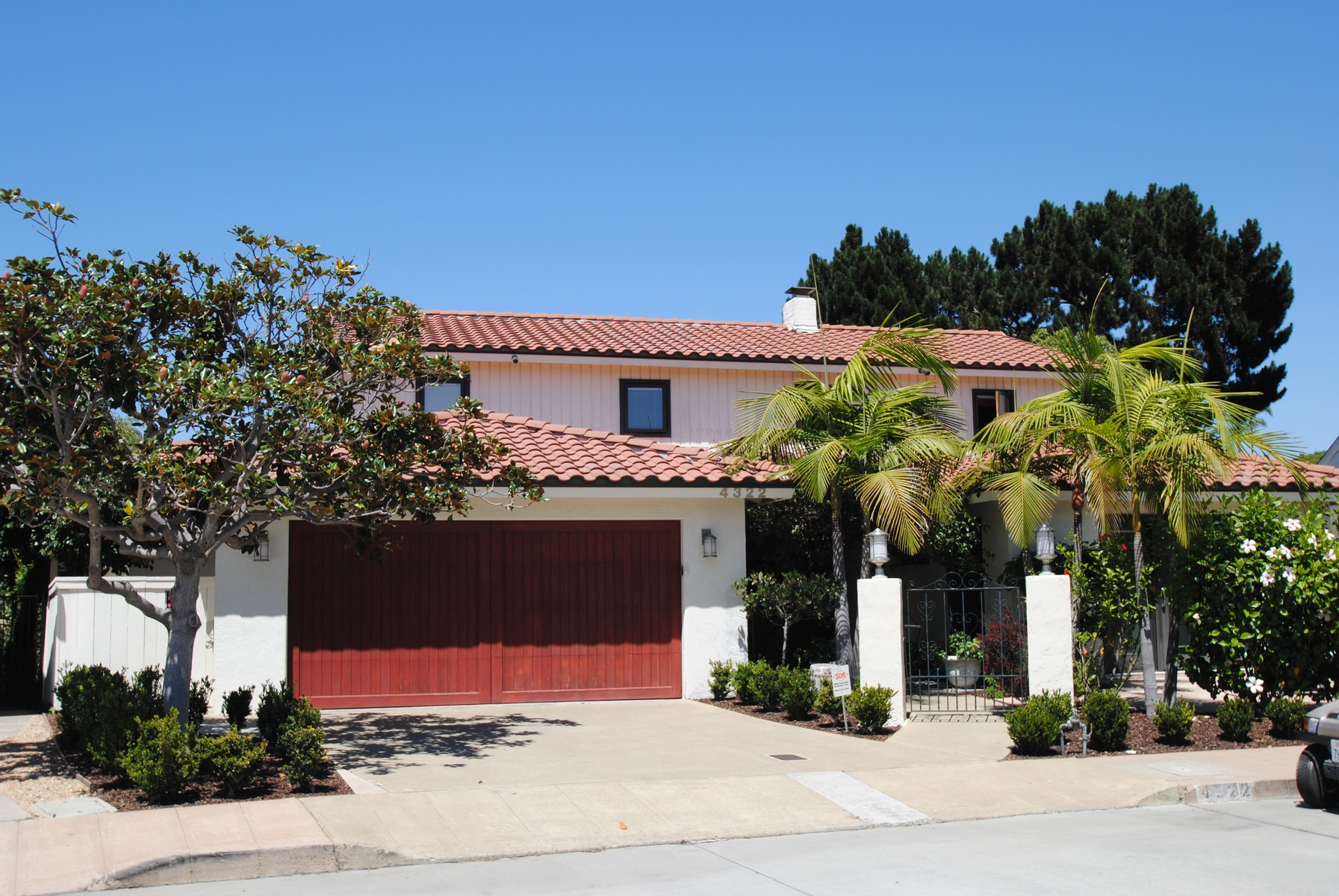 Property For Sale at 4322 Altamirano Way