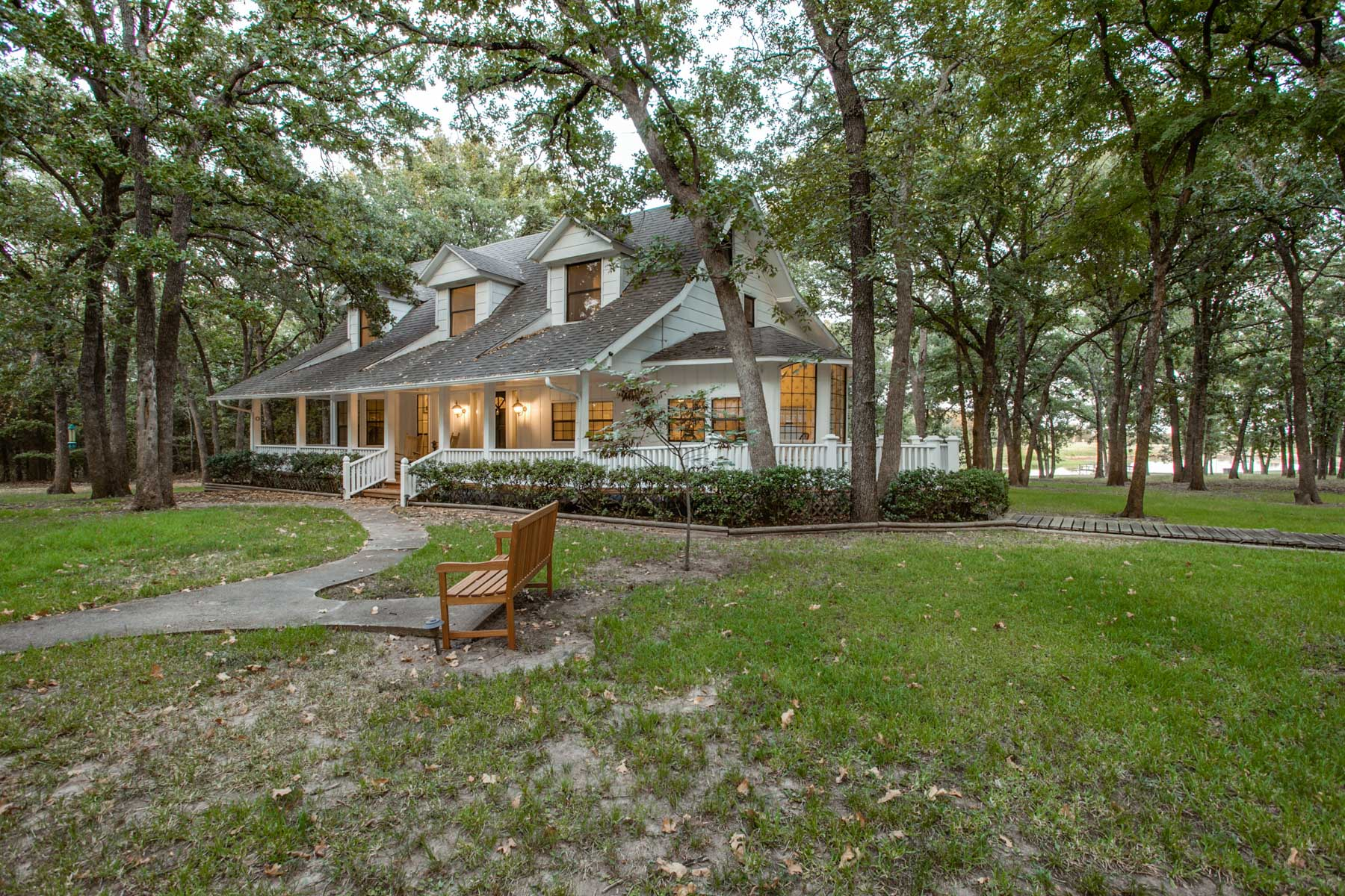 sales property at 110 Acres in East Texas with Beautiful Home
