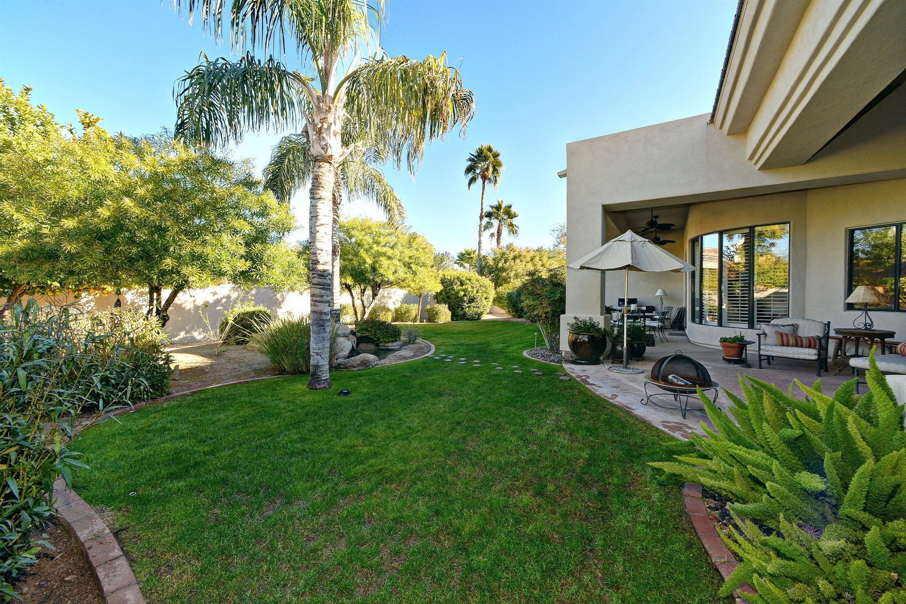 Property For Sale at Adorable Home Conveniently Located In Guard Gated Cheney Estates