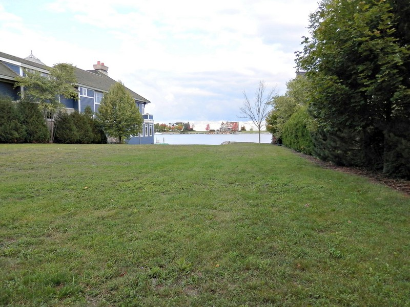 Property For Sale at Picturesque Homesite with Stunning Waterfrontage