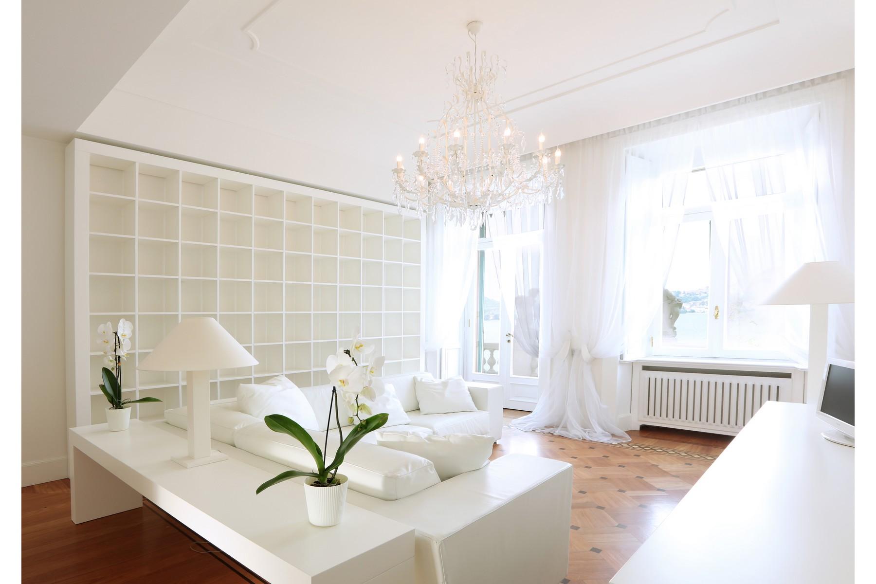 Additional photo for property listing at Prestigious apartment in period villa on Lake Como Via Caronti Blevio, Como 22020 Italie