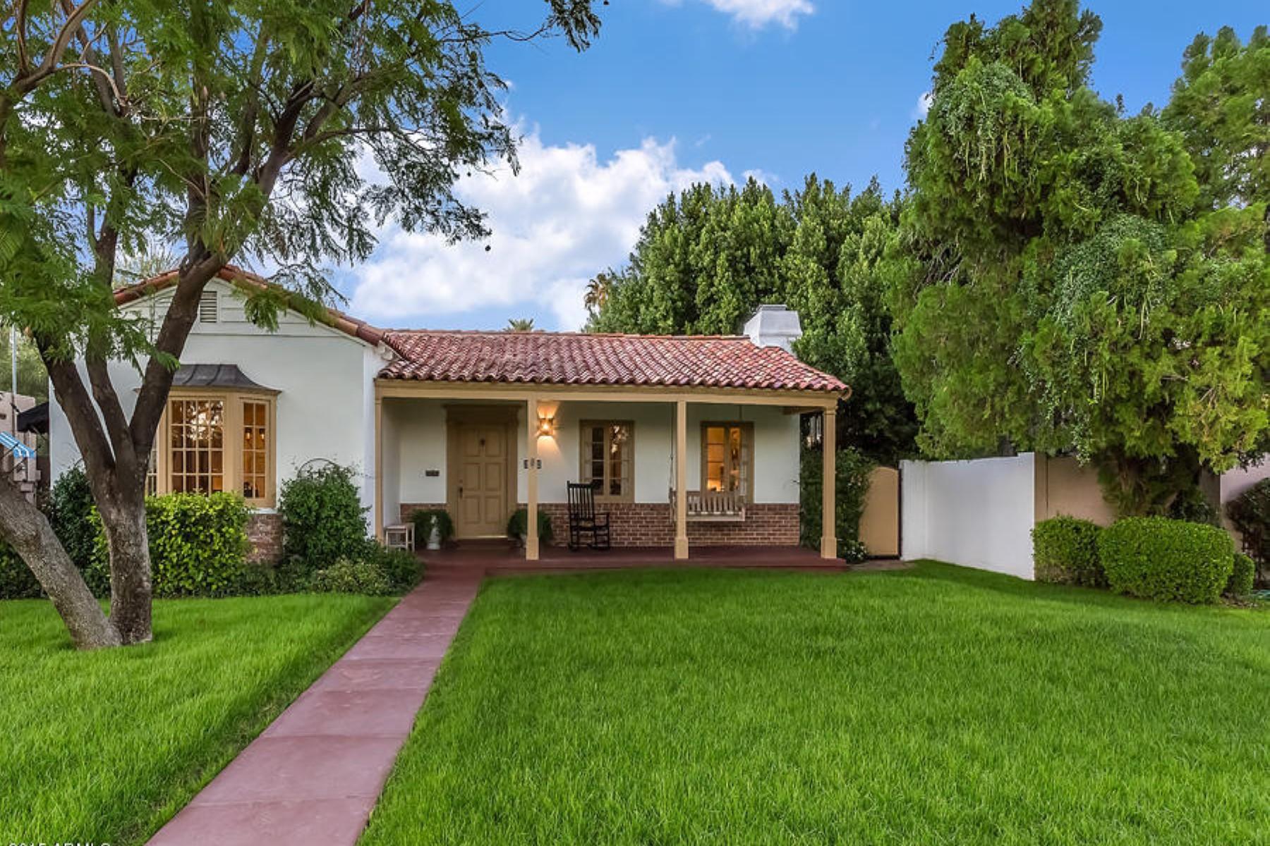 Einfamilienhaus für Verkauf beim Designed and occupied by Depression Era Phoenix architect Orville A. Bell 322 W Holly St Phoenix, Arizona 85003 Vereinigte Staaten