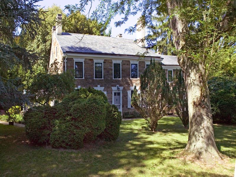 Nhà ở một gia đình vì Bán tại Stone Manor Home on Twelve Acres - Lawrence Township 1 Carter Road Princeton, New Jersey 08540 Hoa Kỳ
