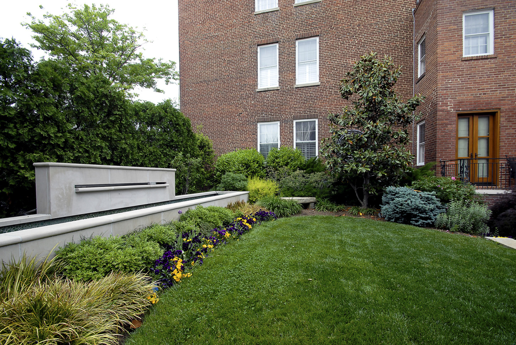 Additional photo for property listing at Old Town 329 Washington Street N Alexandria, Virginia 22314 Verenigde Staten