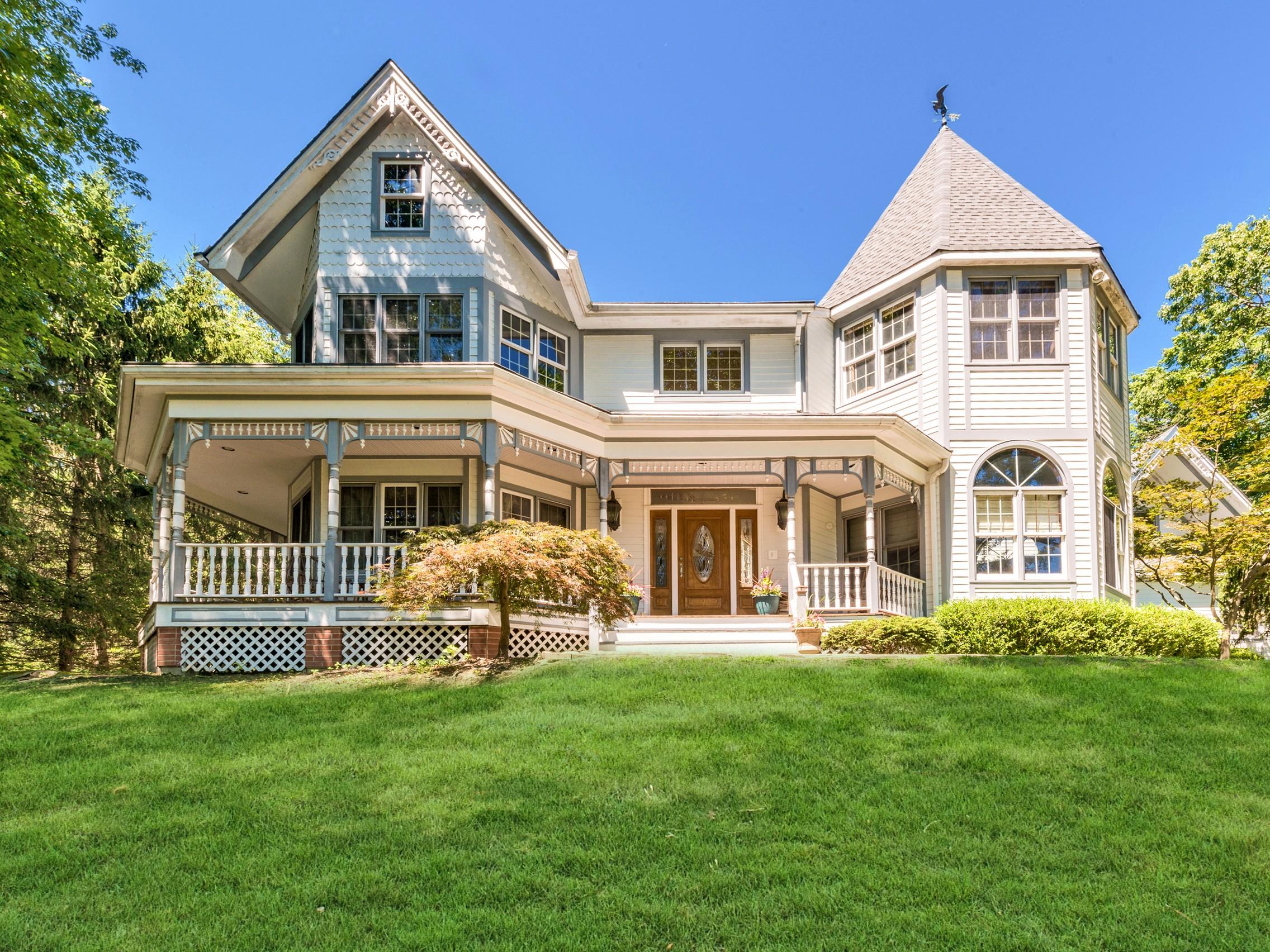 Villa per Vendita alle ore House on the Hill 218 Strawtown Road New City, New York, 10956 Stati Uniti