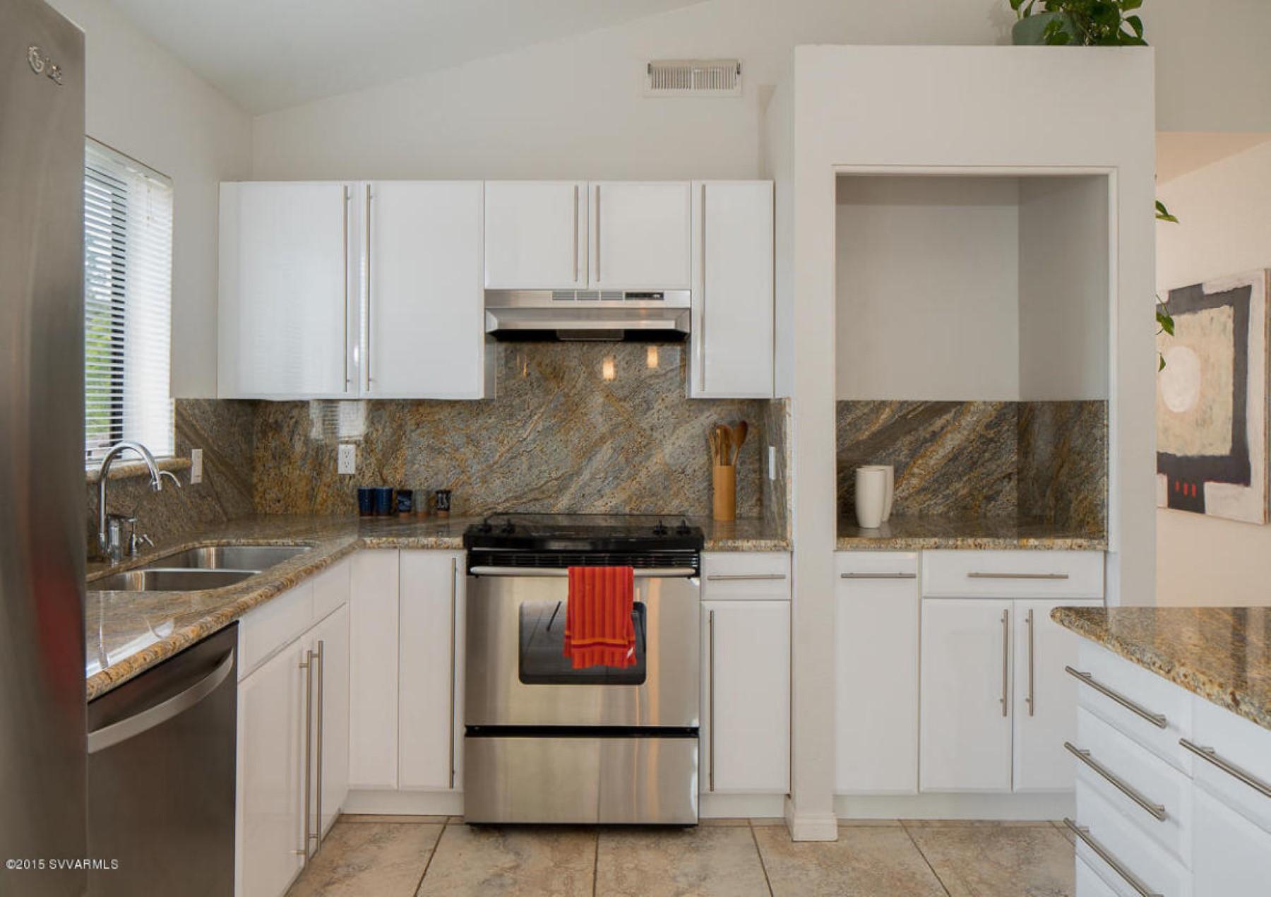 Moradia para Venda às This home demonstrates Views, Freshness, and Elegance. 2350 Maxwell Sedona, Arizona 86336 Estados Unidos