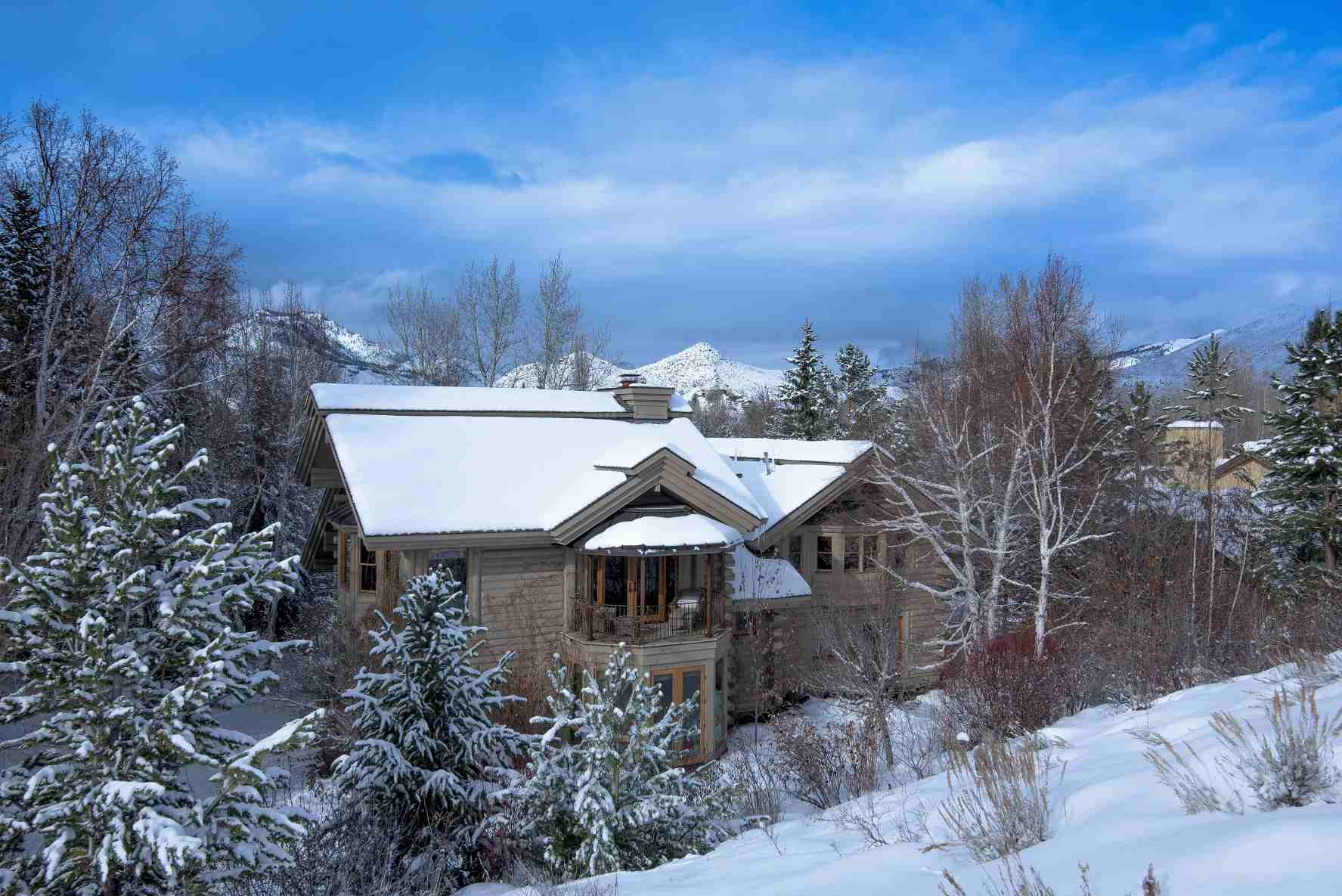 Property For Sale at The Perfect In-Town Hideaway