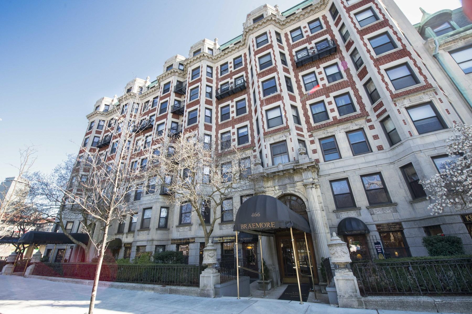 Appartement en copropriété pour l Vente à Attention Investors! 466 Commonwealth Avenue Unit 401 Back Bay, Boston, Massachusetts, 02116 États-Unis