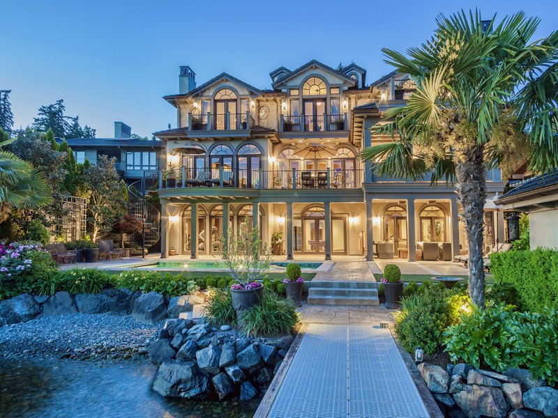 "Single Family Home for Sale at Luxurious ""Prima Vista"" Waterfront Home 10907 80TH Pl NE Kirkland, Washington 98034 United States"
