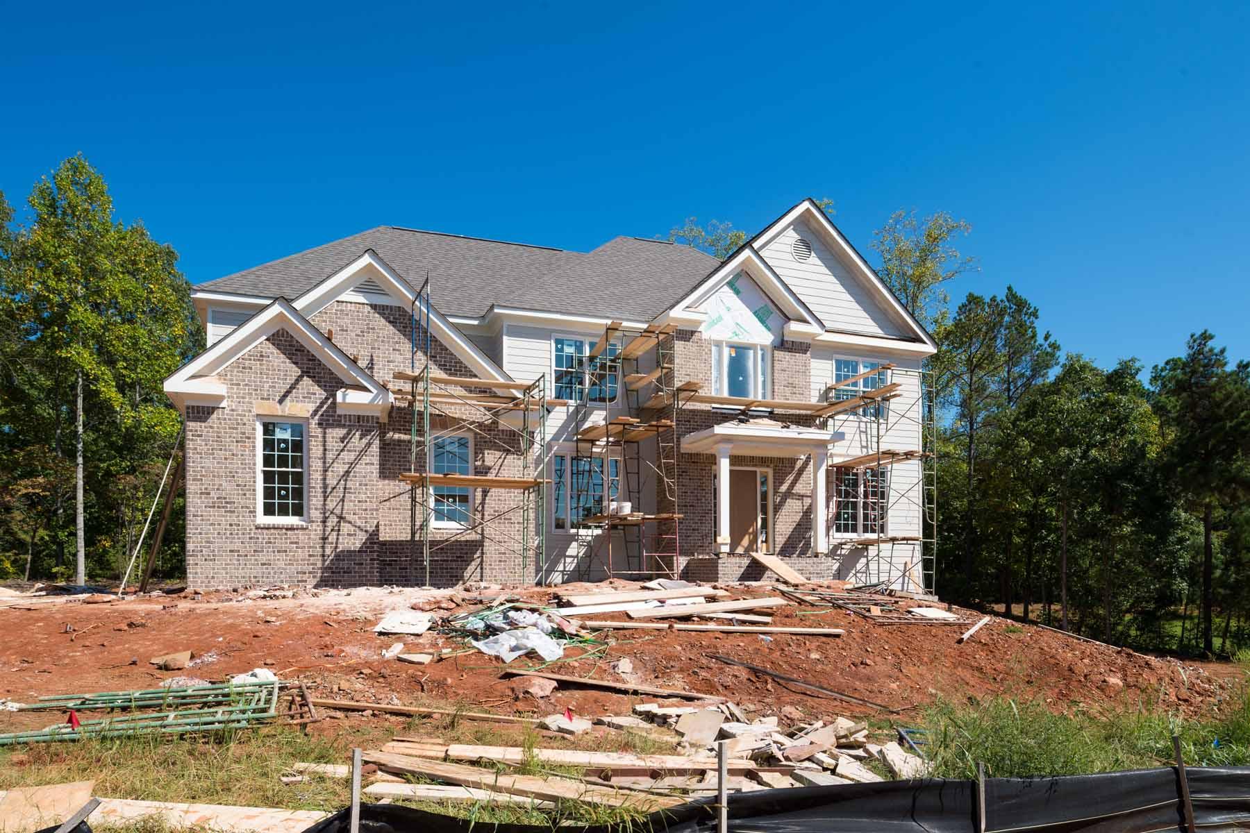 Nhà ở một gia đình vì Bán tại Pool Overlooking Lake Lanier 8505 Berringer Point Drive Gainesville, Georgia, 30506 Hoa Kỳ