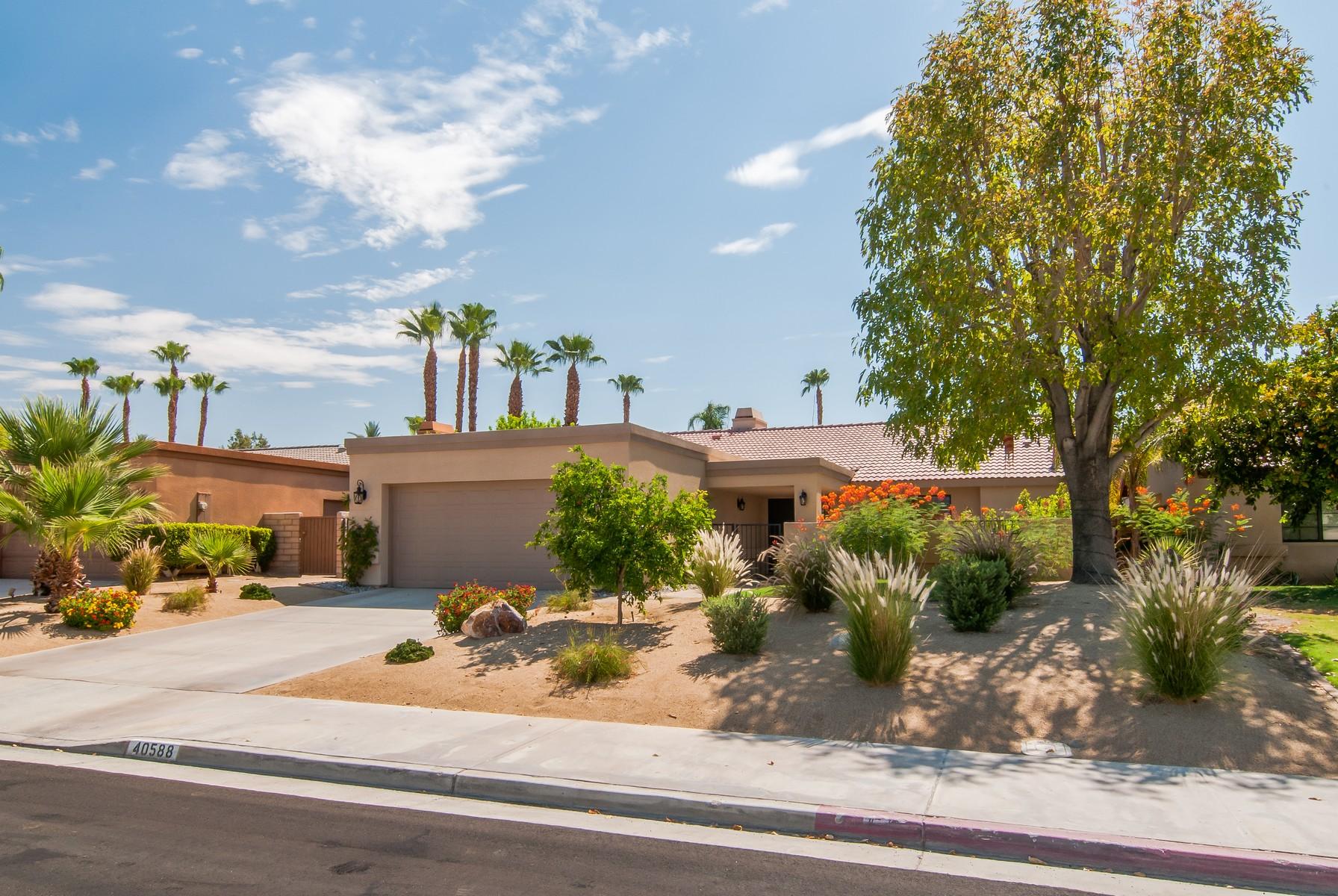 Частный односемейный дом для того Продажа на 40588 Clover Lane Palm Desert, Калифорния, 92260 Соединенные Штаты