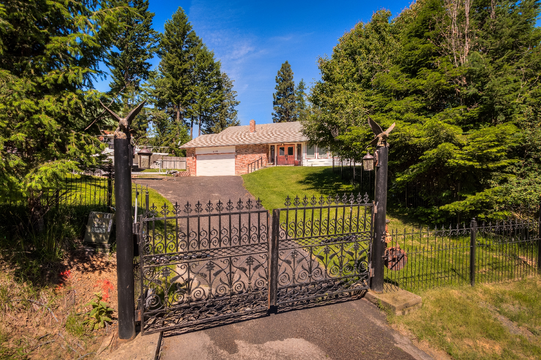 Property For Sale at Amazing lake views and a unique gated entrance