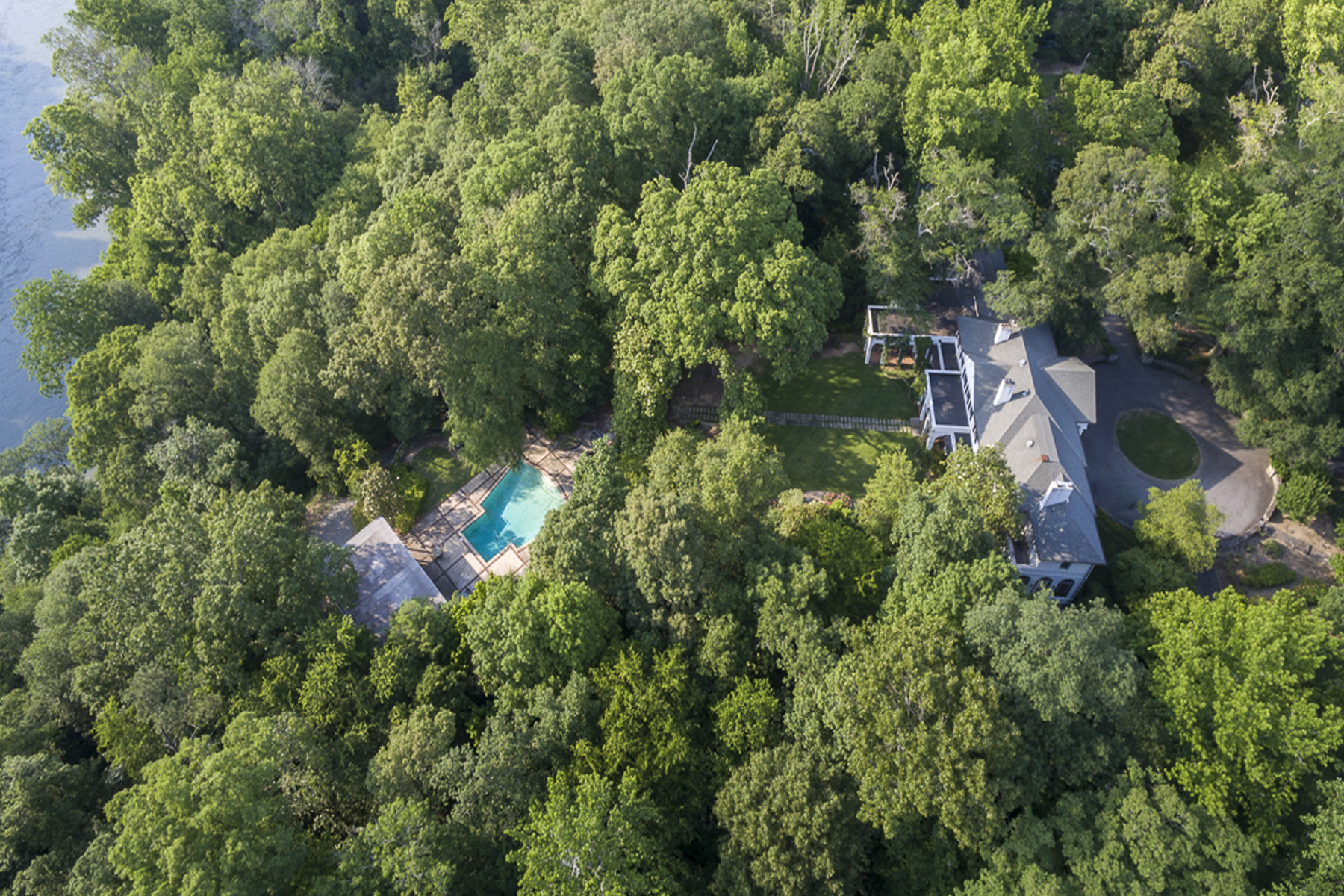 Additional photo for property listing at Extraordinary And Unique Three Home Compound 2042 West Paces Ferry Road Atlanta, Джорджия 30327 Соединенные Штаты