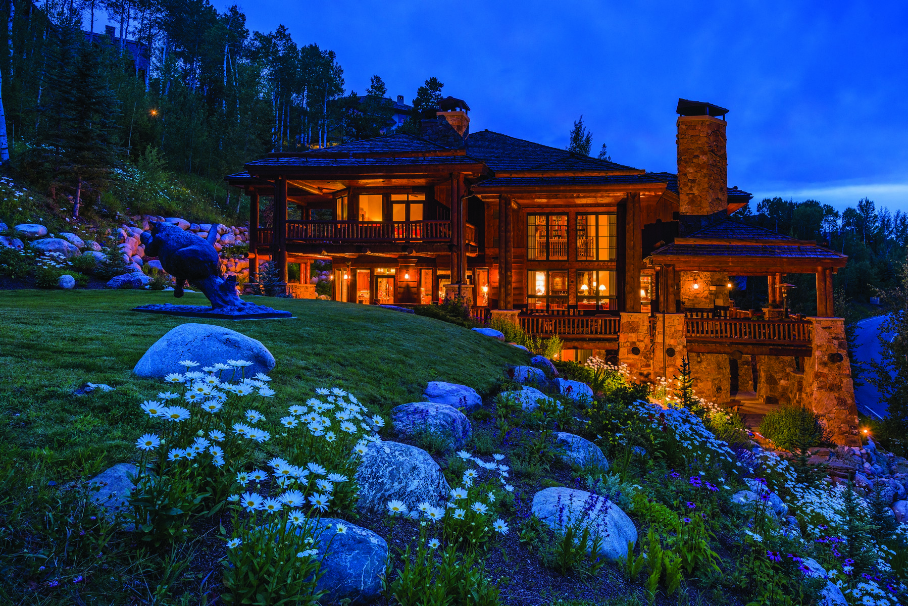 Maison unifamiliale pour l Vente à Beaver Creek's Most Stunning Log Home 201 Borders Rd Avon, Colorado, 81620 États-Unis