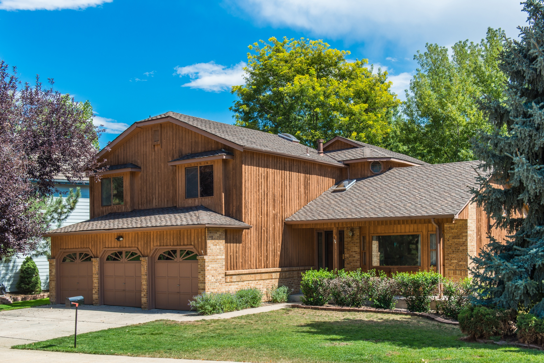 Single Family Home for Sale at Backs to Private Open Space 6140 W Vassar Way Lakewood, Colorado 80227 United States