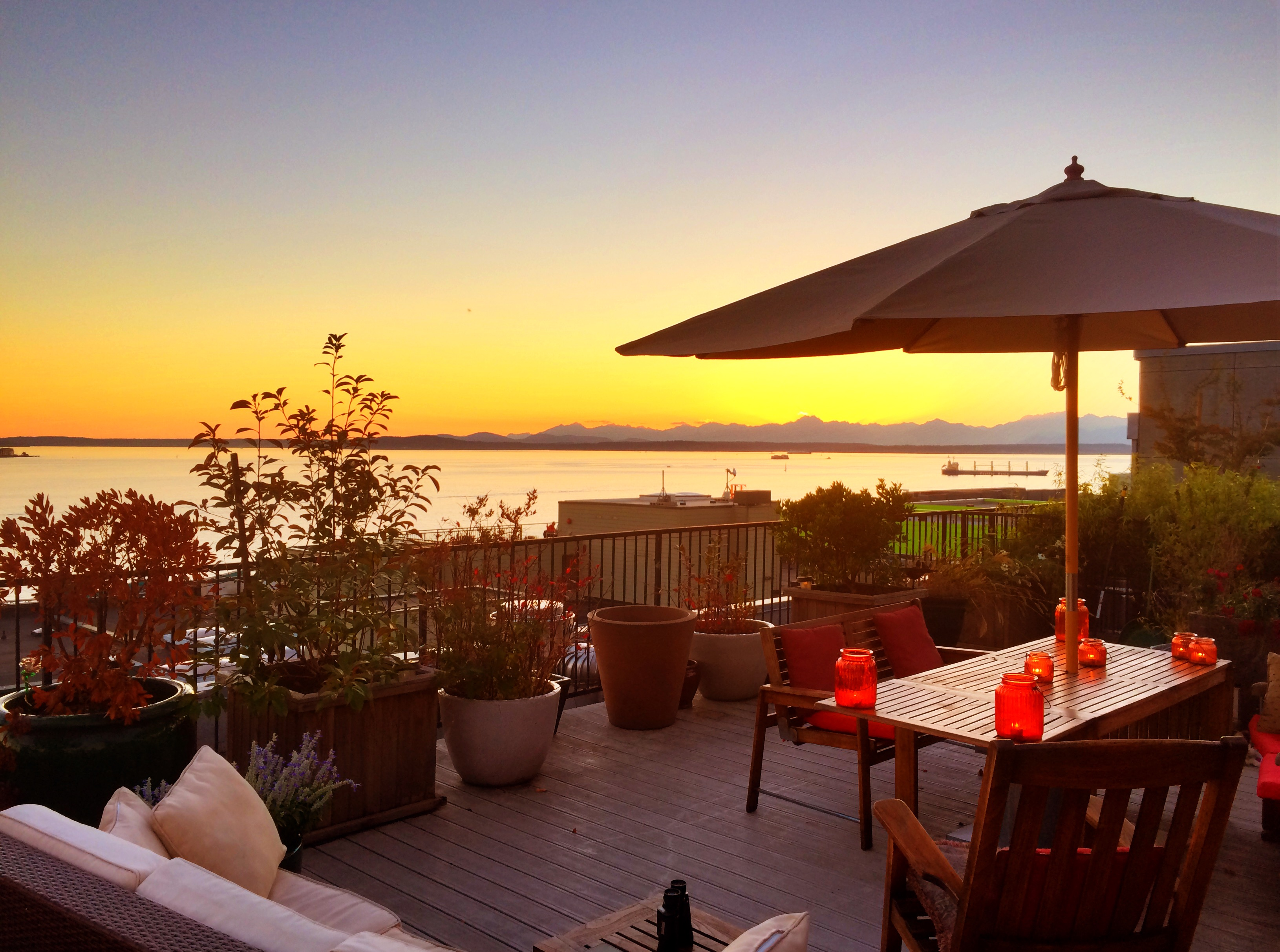 Condominium for Sale at Belltown Lofts #B-302 66 Bell Street #B302 Belltown, Seattle, Washington 98121 United States