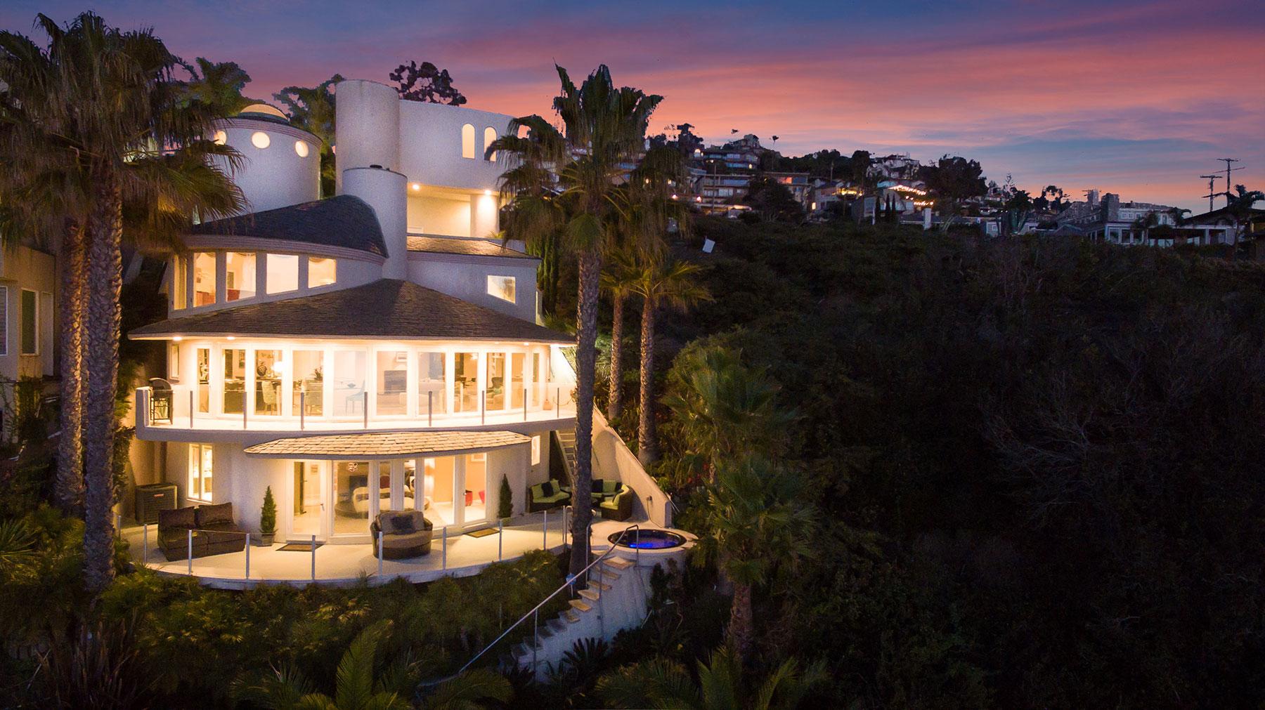 獨棟家庭住宅 為 出售 在 Round House 31091 Monterey Laguna Beach, 加利福尼亞州, 92651 美國