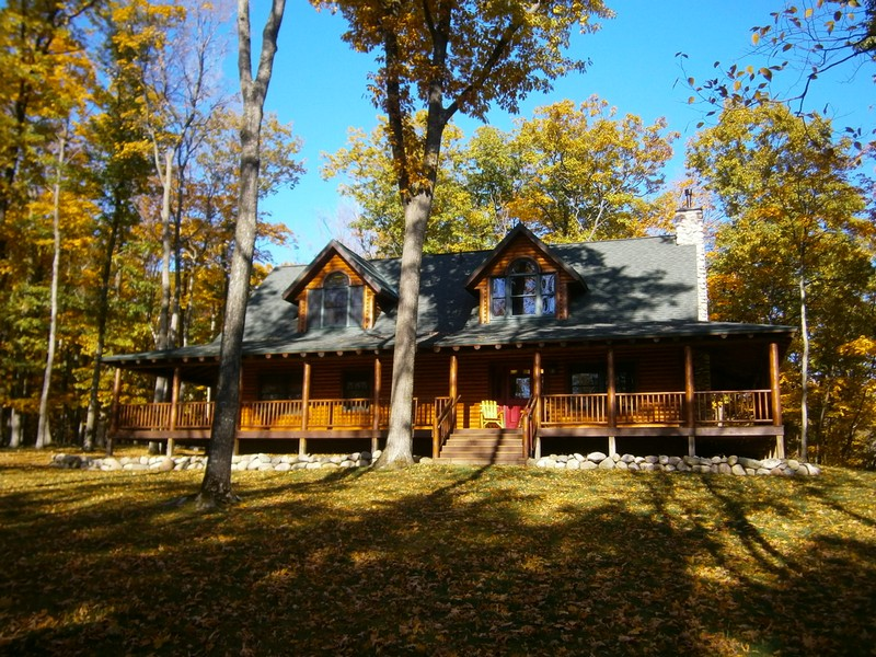 Property For Sale at Horseshoe Bend Log Home Retreat