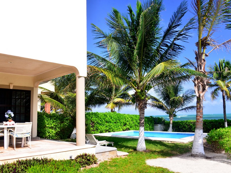 Property Of PUERTO MORELOS BEACHFRONT HOUSE