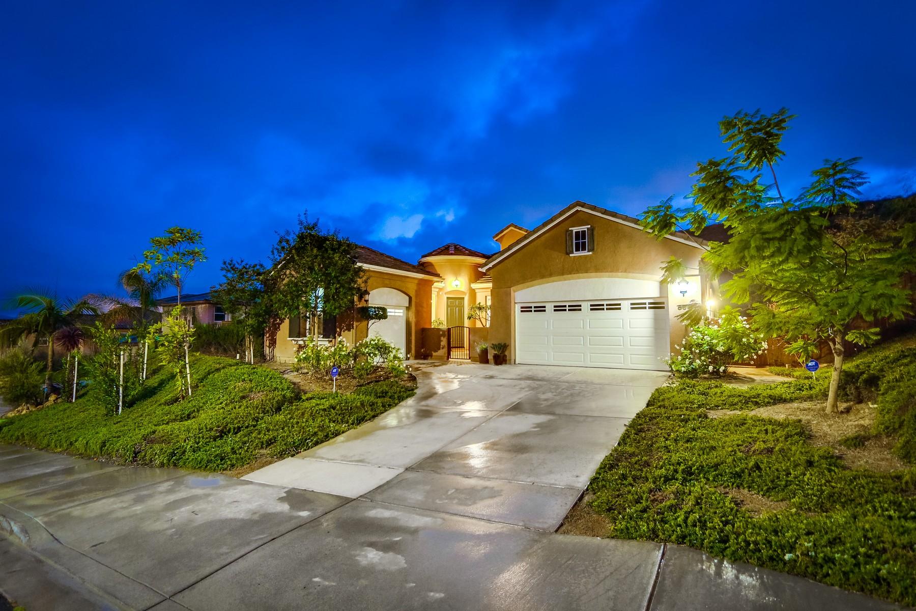 Maison unifamiliale pour l Vente à 564 Coastal Hills Drive Chula Vista, Californie 91914 États-Unis