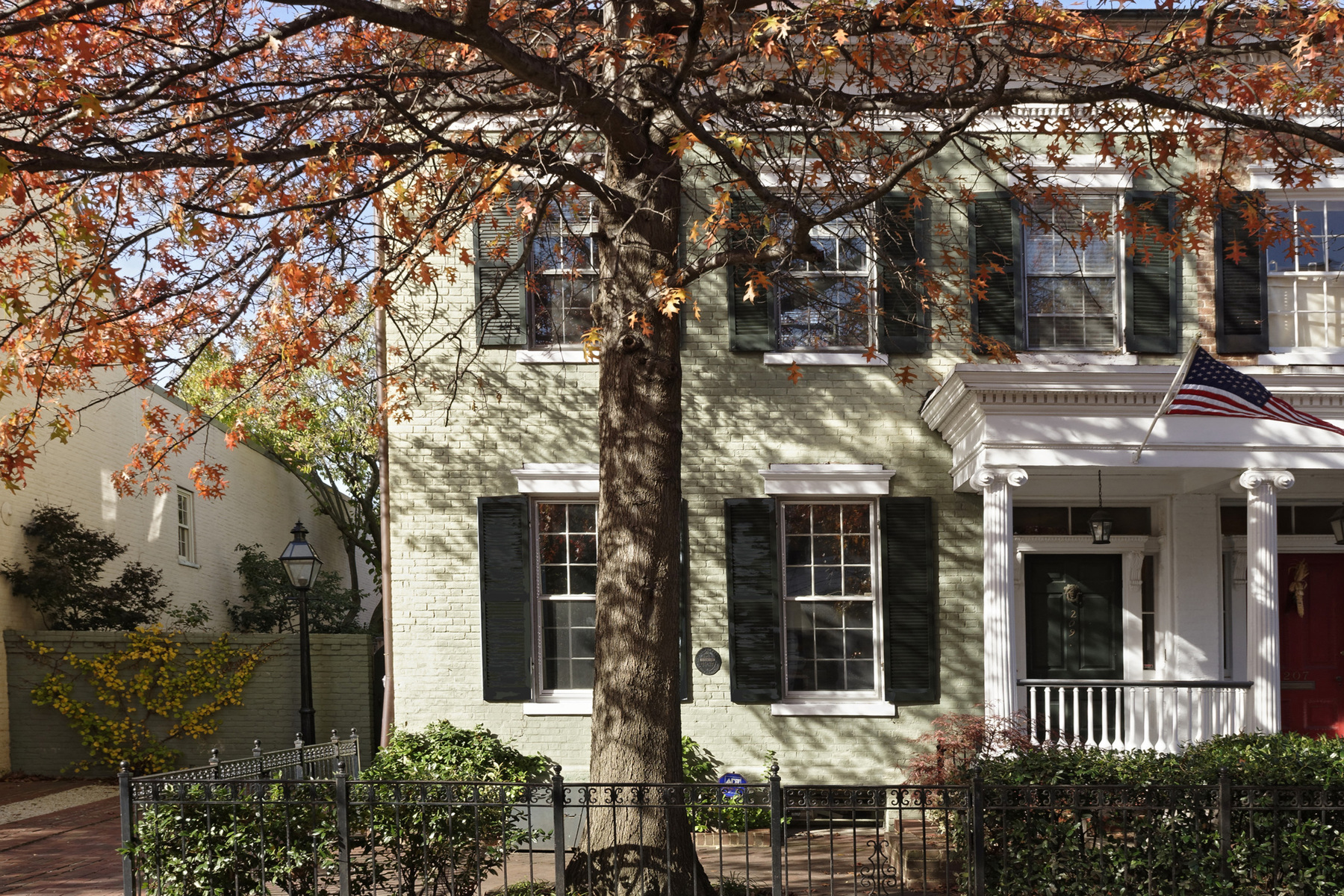 Townhouse for Sale at 209 Fairfax Street, Alexandria Alexandria, Virginia 22314 United States