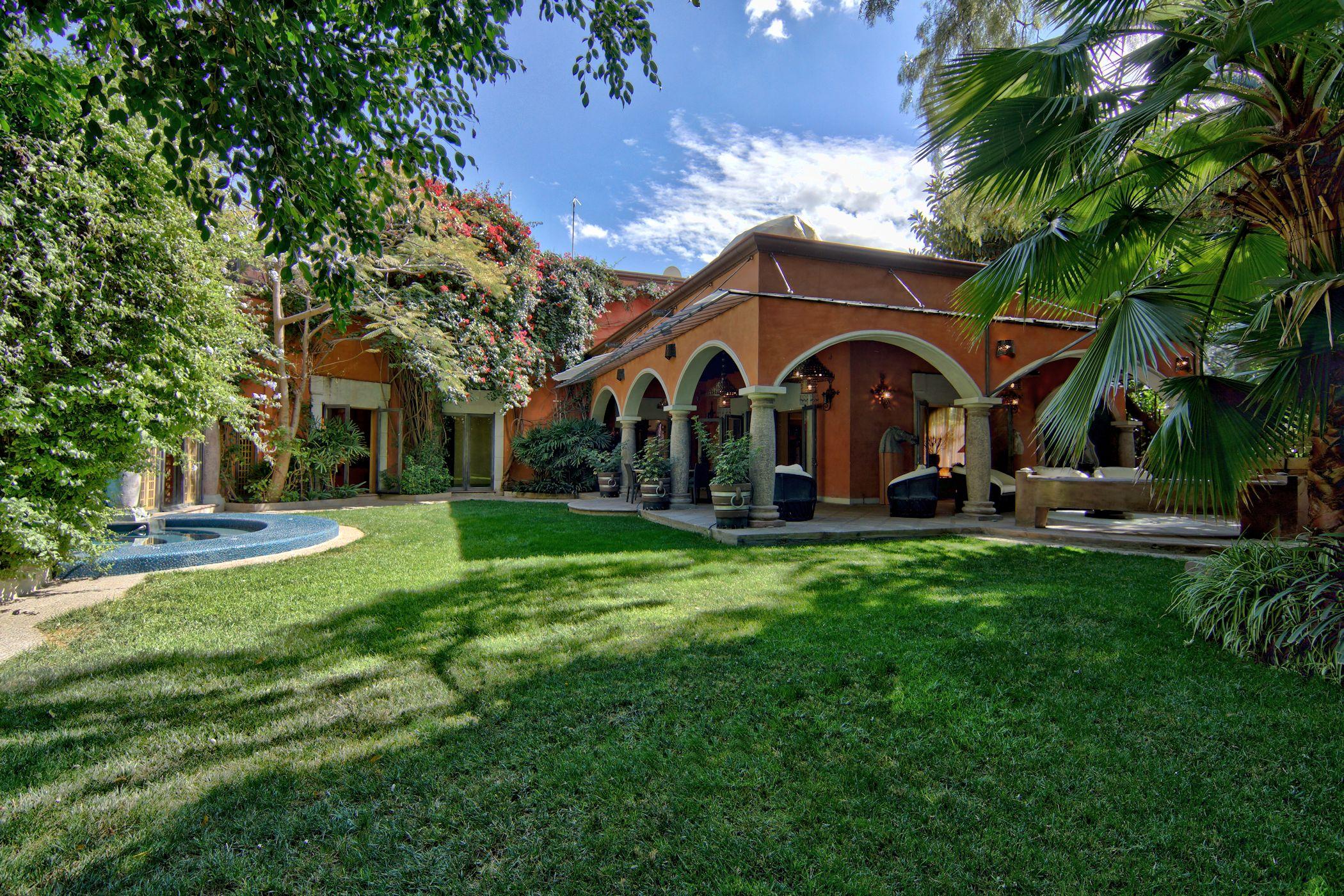 다가구 주택 용 매매 에 Casa Elisir Sollano 81 San Miguel De Allende, Guanajuato 37700 멕시코
