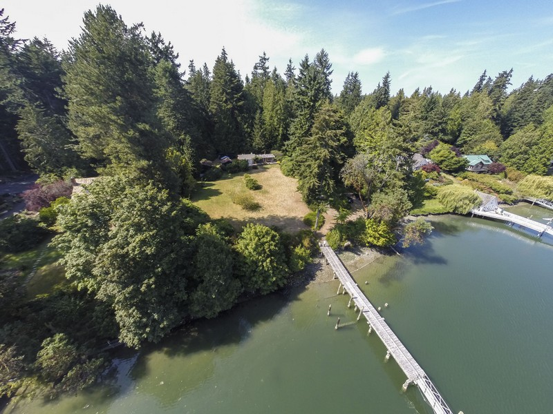 Single Family Home for Sale at Sivertson Road 14790 Sivertson Road NE Bainbridge Island, Washington 98110 United States