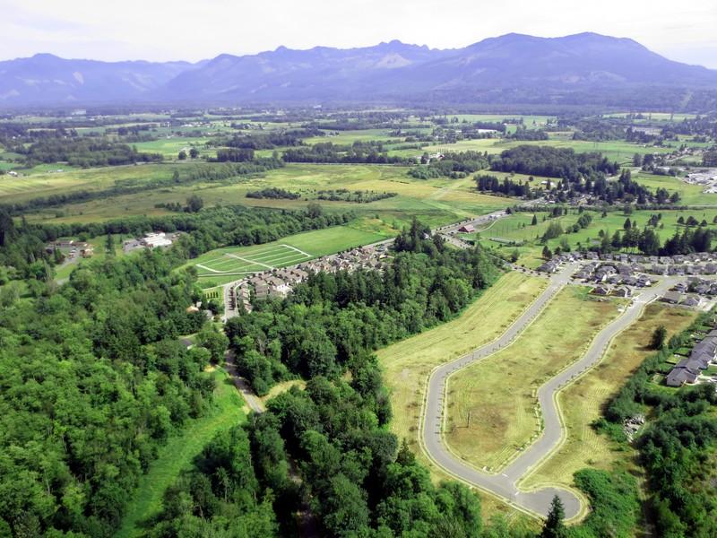 Terreno por un Venta en Gateway Heights Lots 15-19 N Arrezo Lp Sedro Woolley, Washington 98284 Estados Unidos