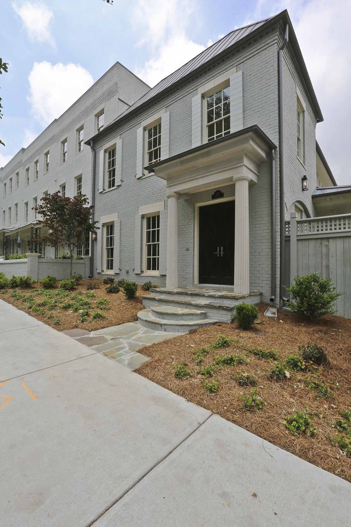 多棟聯建住宅 為 出售 在 BRAND NEW TOWNHOME BY MONTE HEWETT HOMES. 1400 Piedmont Avenue NE No. 7 Atlanta, 喬治亞州, 30309 美國
