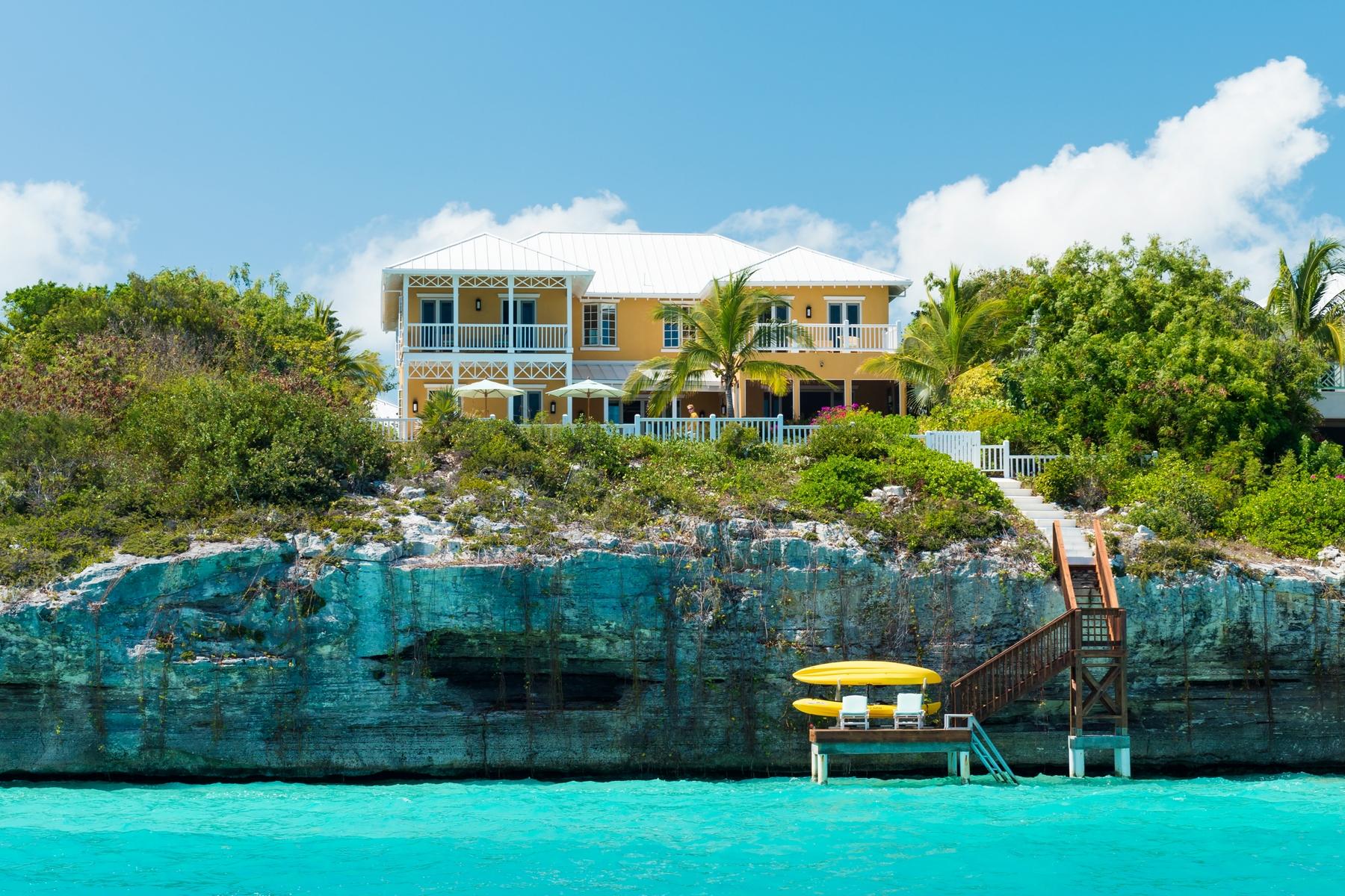 Tek Ailelik Ev için Satış at Villa Pima Ocean Point Waterfront Sapodilla Bay, Providenciales TC Turks Ve Caicos Adalari