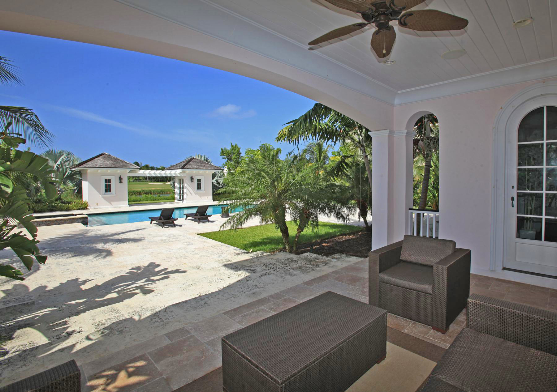 Additional photo for property listing at Ocean Club Estates Ocean Club Estates #104 Harbour's Way Paradise Island, New Providence/Nassau . Bahamas