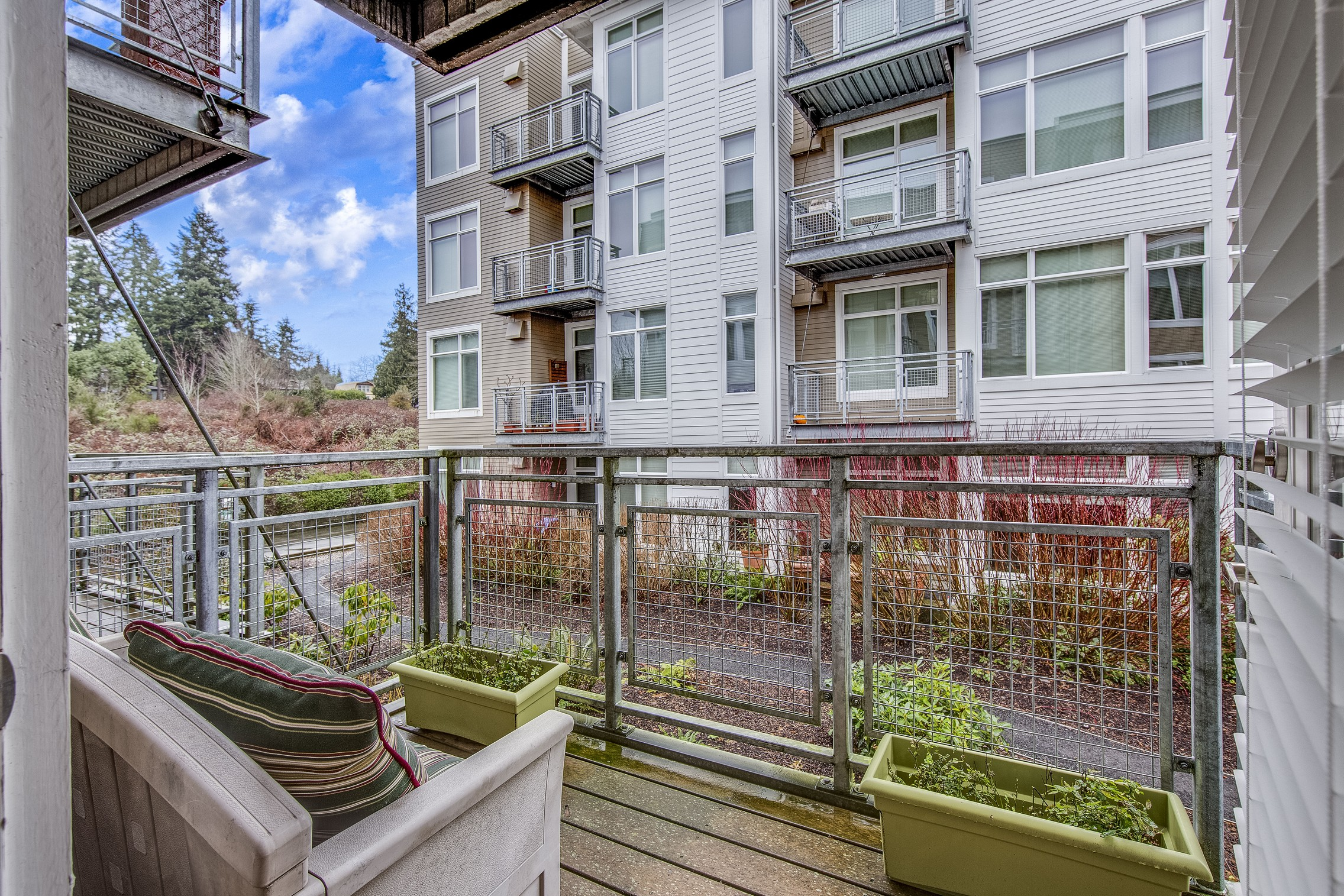 Piso por un Venta en Harbor Square Condo 170 Harbor Square Lp NE #A-211 Bainbridge Island, Washington 98110 Estados Unidos