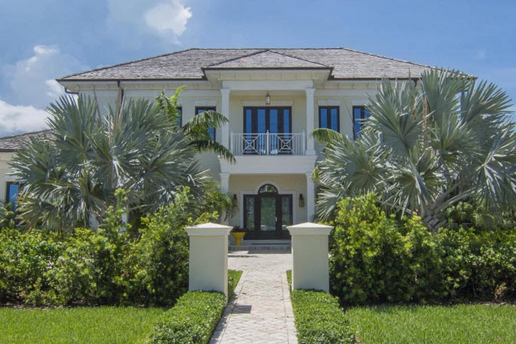 Single Family Home for Sale at Calypso Breeze Ocean Club Estates, Paradise Island, Nassau And Paradise Island Bahamas