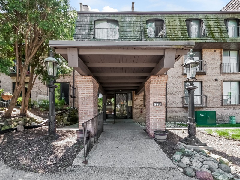 Property For Sale at 2 Story Loft in Downtown Barrington