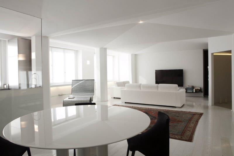 Property For Sale at Elegant apartment with sleek interiors near Palestro gardens