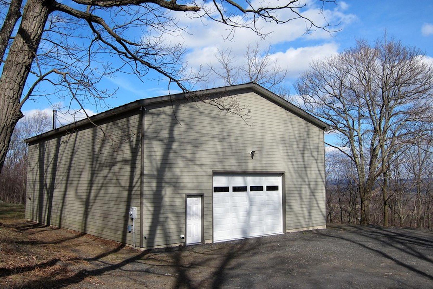 Otras residenciales por un Venta en Wonderful Studio Space 66 Black Hawk Trail Gardiner, Nueva York, 12525 Estados Unidos