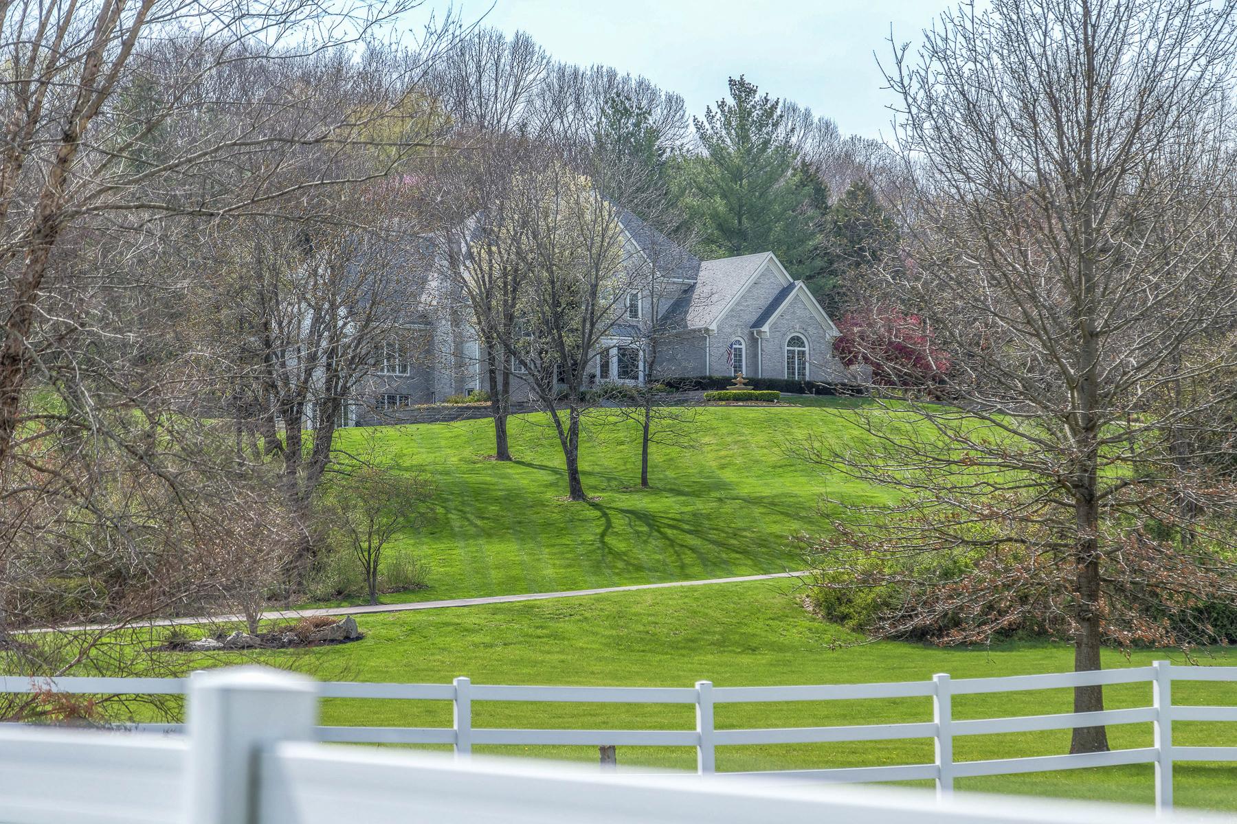 단독 가정 주택 용 매매 에 Deer Pointe Estates 19300 Deer Pointe Estates Drive Wildwood, 미주리, 63038 미국