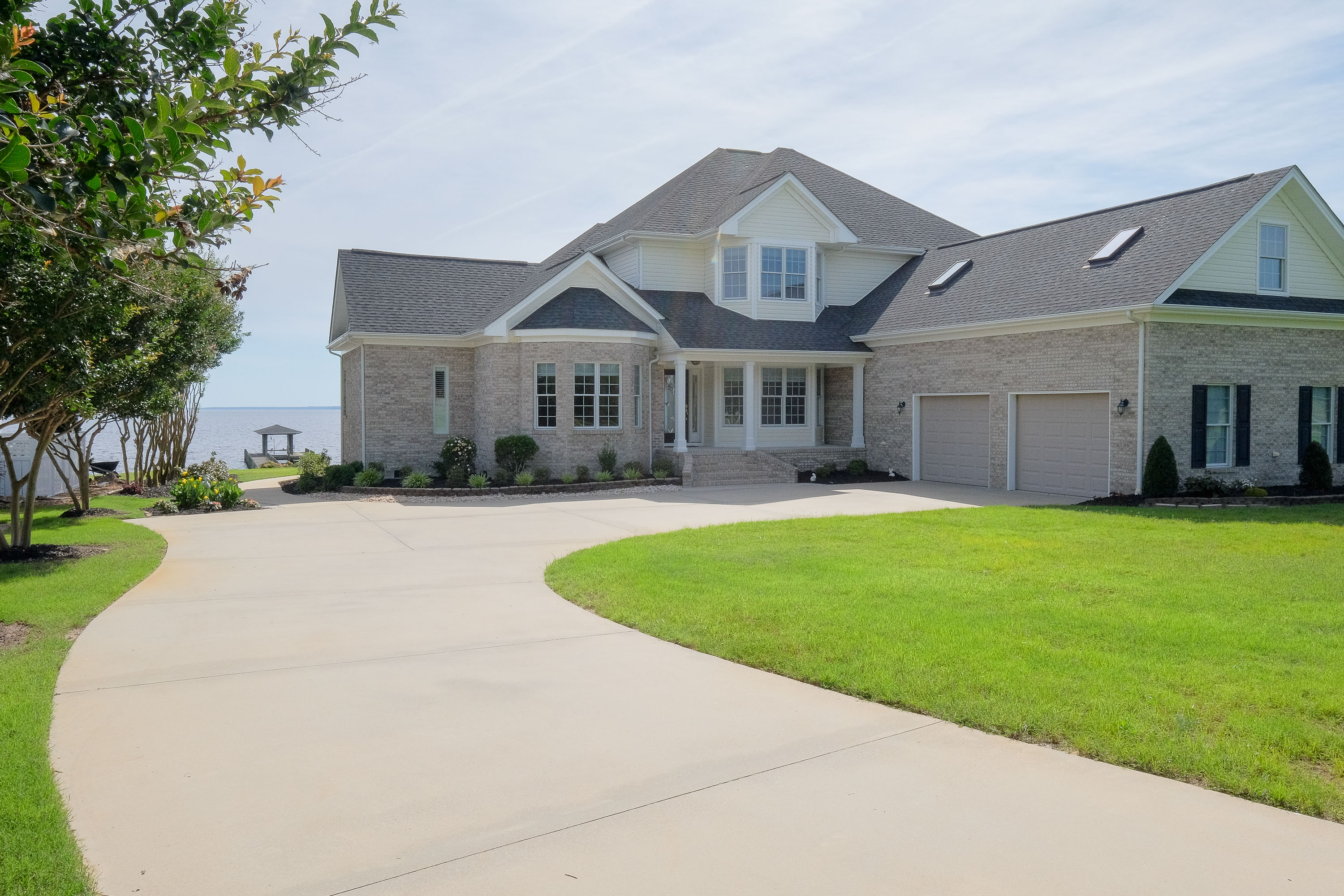 Maison unifamiliale pour l Vente à PRISTINE WATERFRONT 358 Bay Point Dr Edenton, Carolina Du Nord, 27932 États-Unis