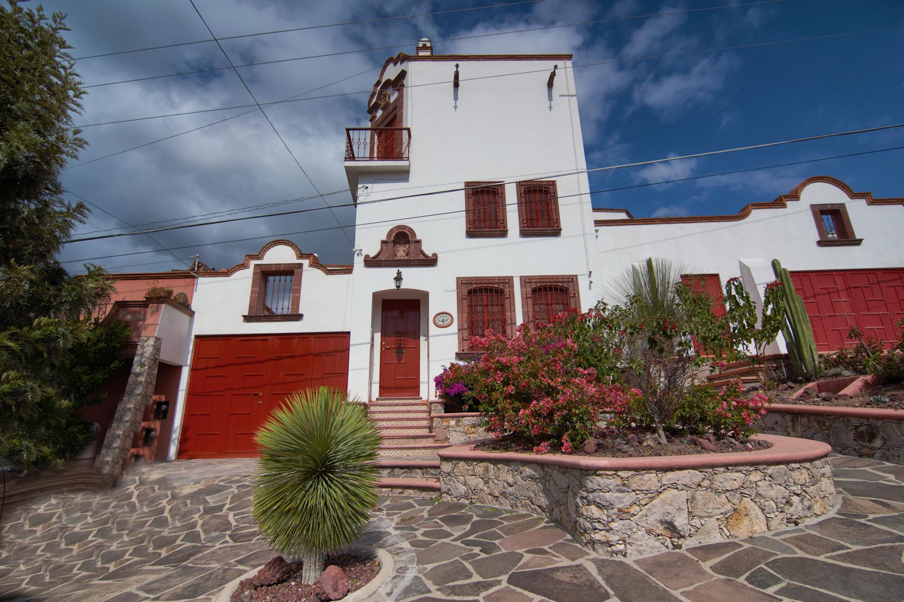 Casa para uma família para Venda às Casa Bovedas Centro, San Miguel De Allende, Guanajuato México