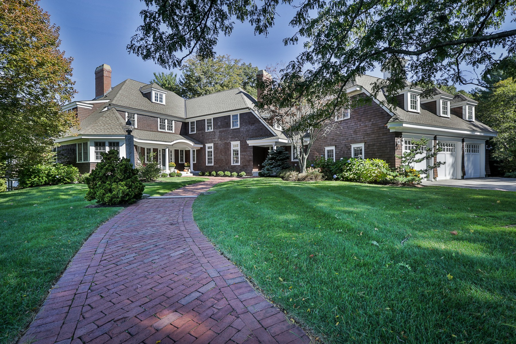 sales property at Handsome Windover Colonial