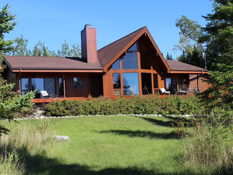 Property For Sale at The Lake House