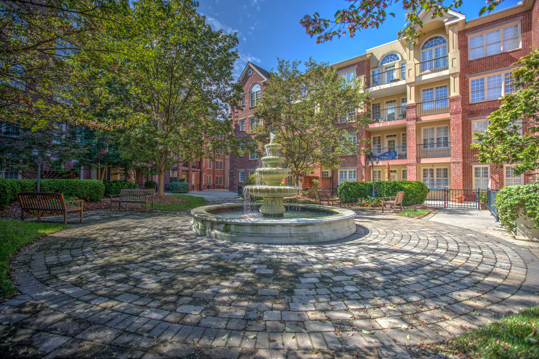 Single Family Home for Sale at Largest Two Bedroom Condo In Brookwood Place 1735 Peachtree Street NE #324 Atlanta, Georgia 30309 United States