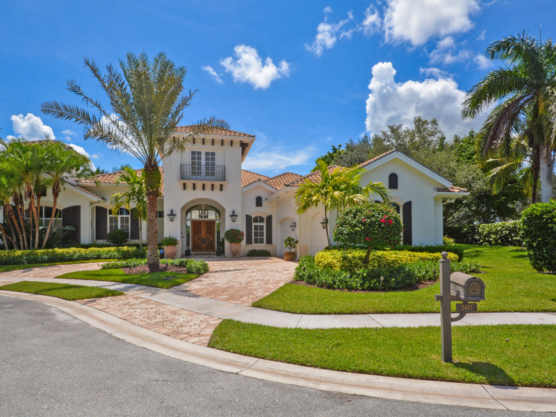Single Family Home for Sale at 2485 Mizner Estates 2485 Mizner Lake Court Wellington, Florida, 33414 United States