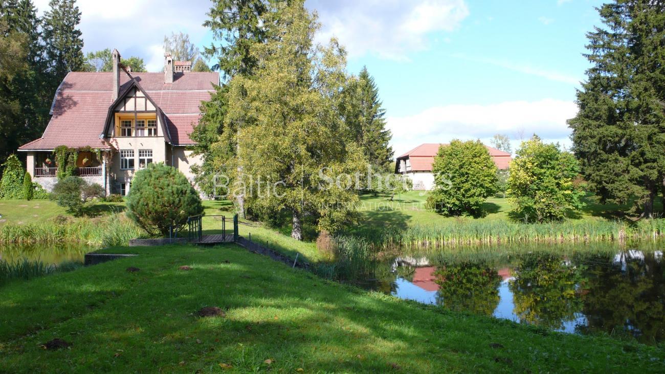 Property For Sale at Peetri mansion