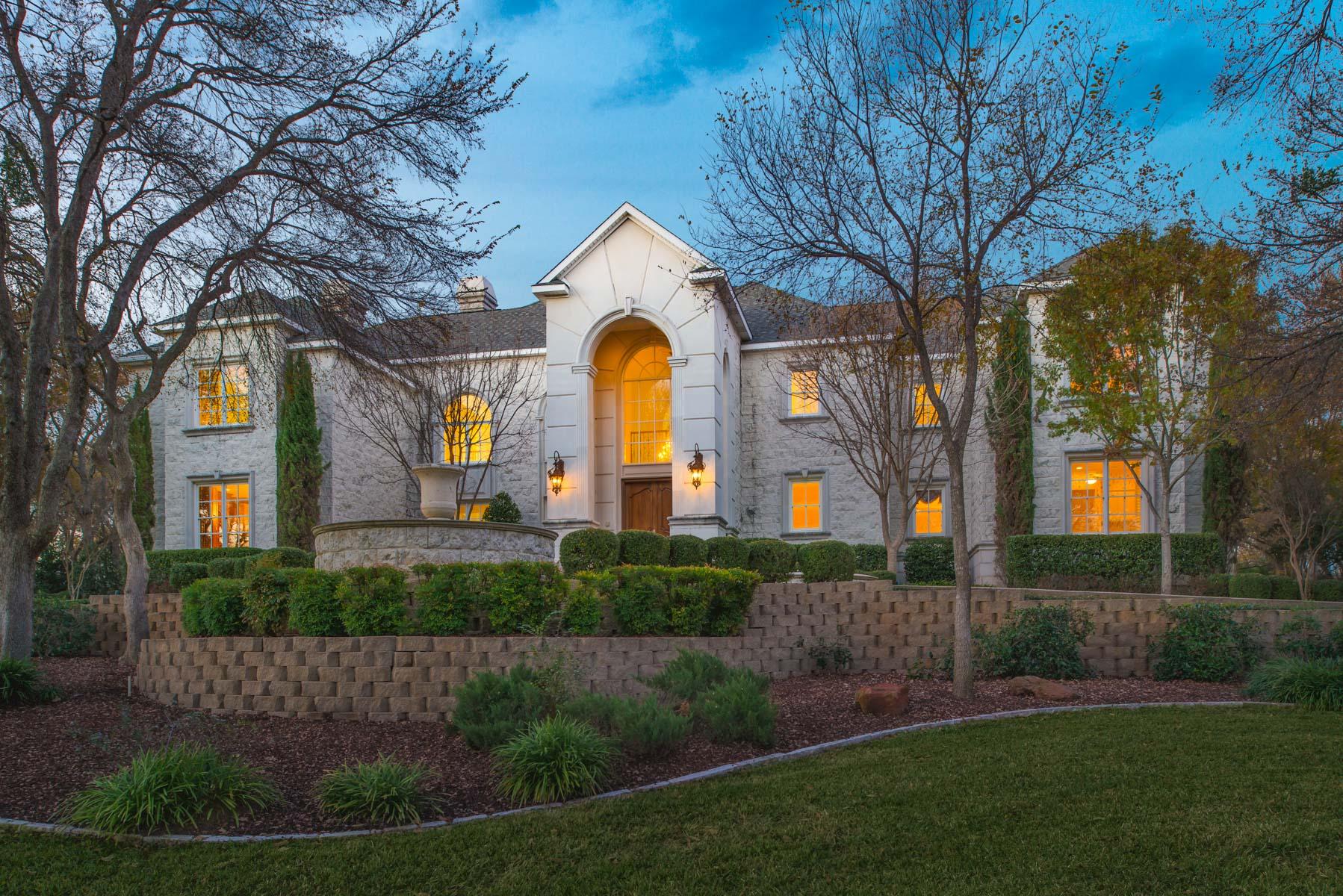 Vivienda unifamiliar por un Venta en Secluded 12+ Acres Near Country Club 1850 Enchanted Lane Mansfield, Texas 76063 Estados Unidos