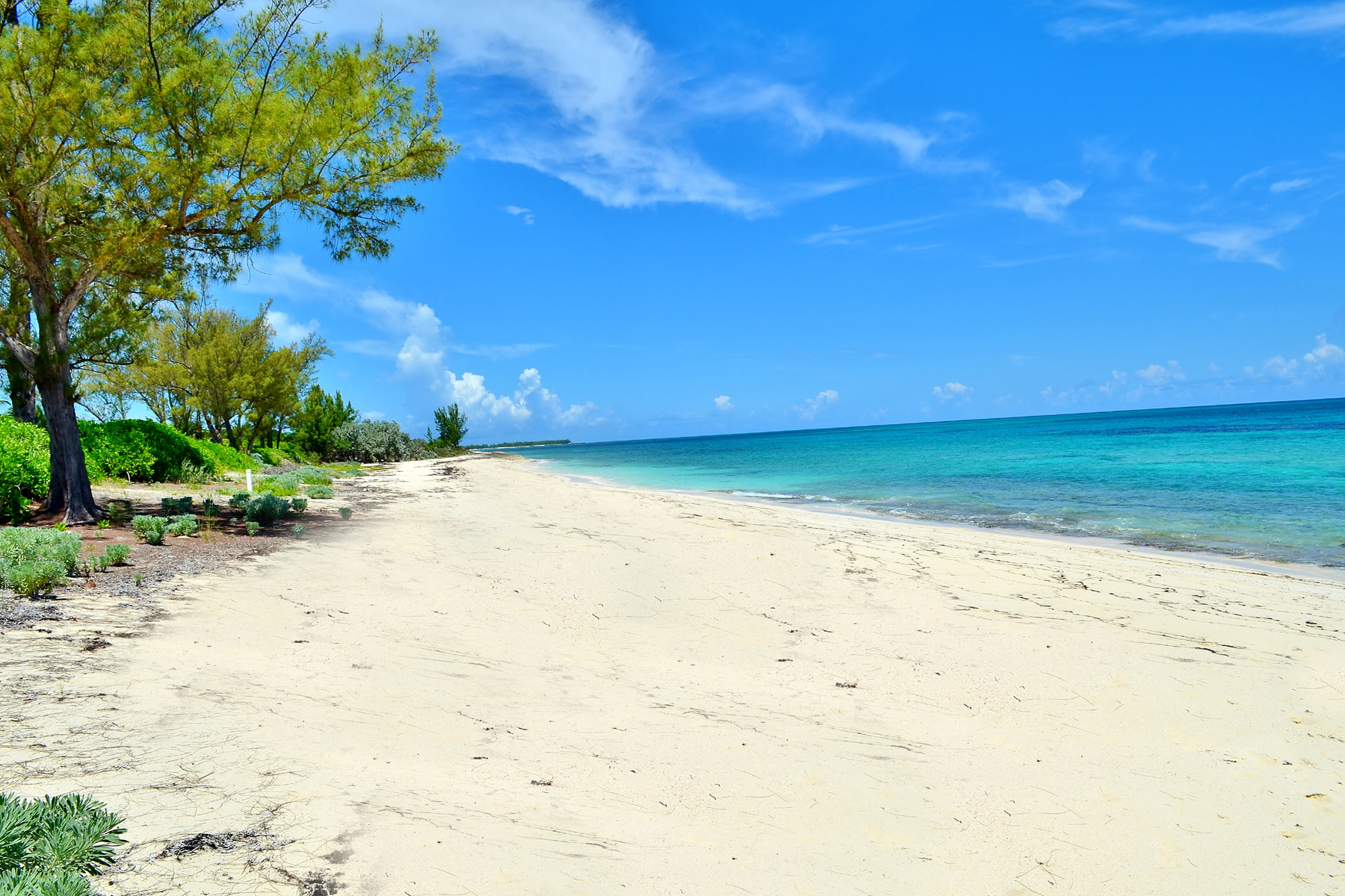 Land for Sale at Sunrise Beach Green Turtle Cay, Bahamas