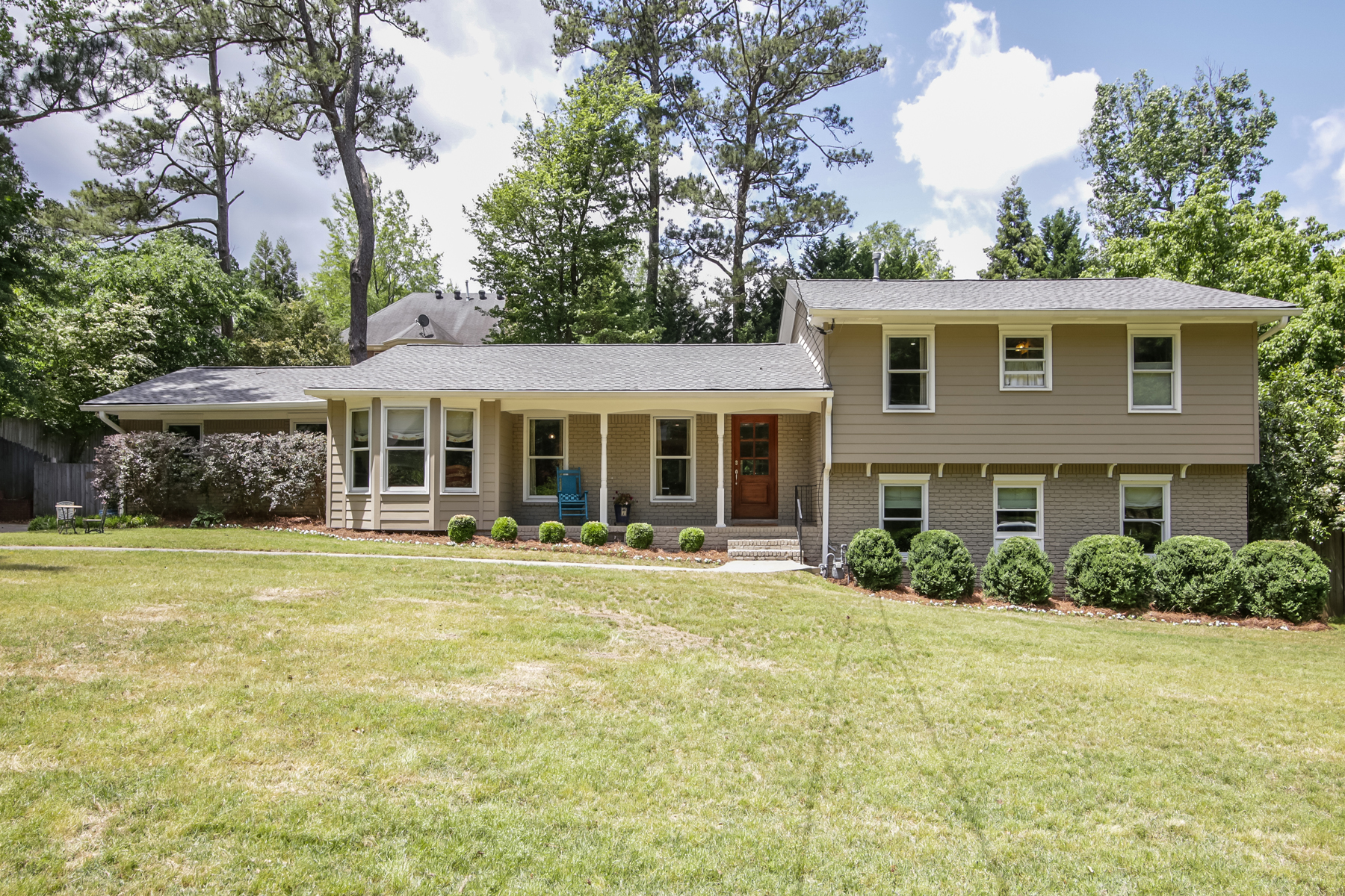 Single Family Home for Sale at Beautiful Renovation In One Of Atlanta's Best School Districts 3090 Roberta Drive NW Atlanta, Georgia, 30327 United States