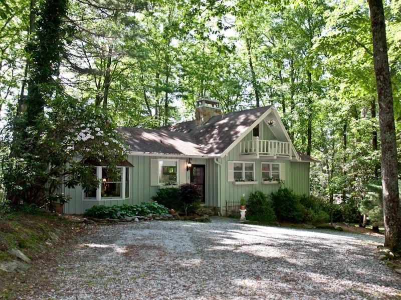Single Family Home for Sale at 79 Hi-Ami Lane Highlands, North Carolina 28741 United States